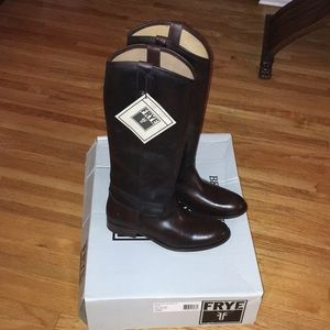 Frye Melissa Button Boots 10